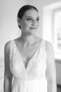 Portrait der Braut mit Tageslicht, Hochzeitsfotograf Bodensee - Alexandra Kasper