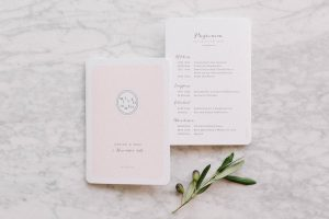 Die Einladung zur Hochzeit im Detail, Alexandra Kasper - Hochzeitsfotograf Tegernsee